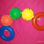 Шарики и кольца на веревке